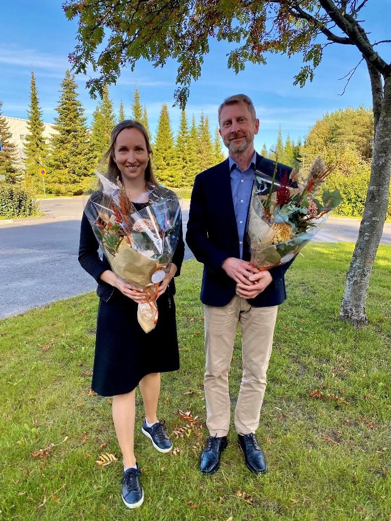 Vuoden julkaisu -palkinnon voittajat Laura Hokkanen ja Jussi Haukkamaa (kuva: Milla Korja)