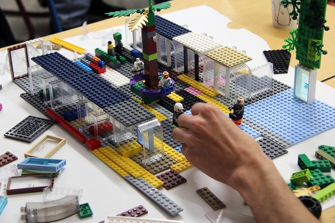 Bild 1. Legoverkstad. ©Andréa Högberg.