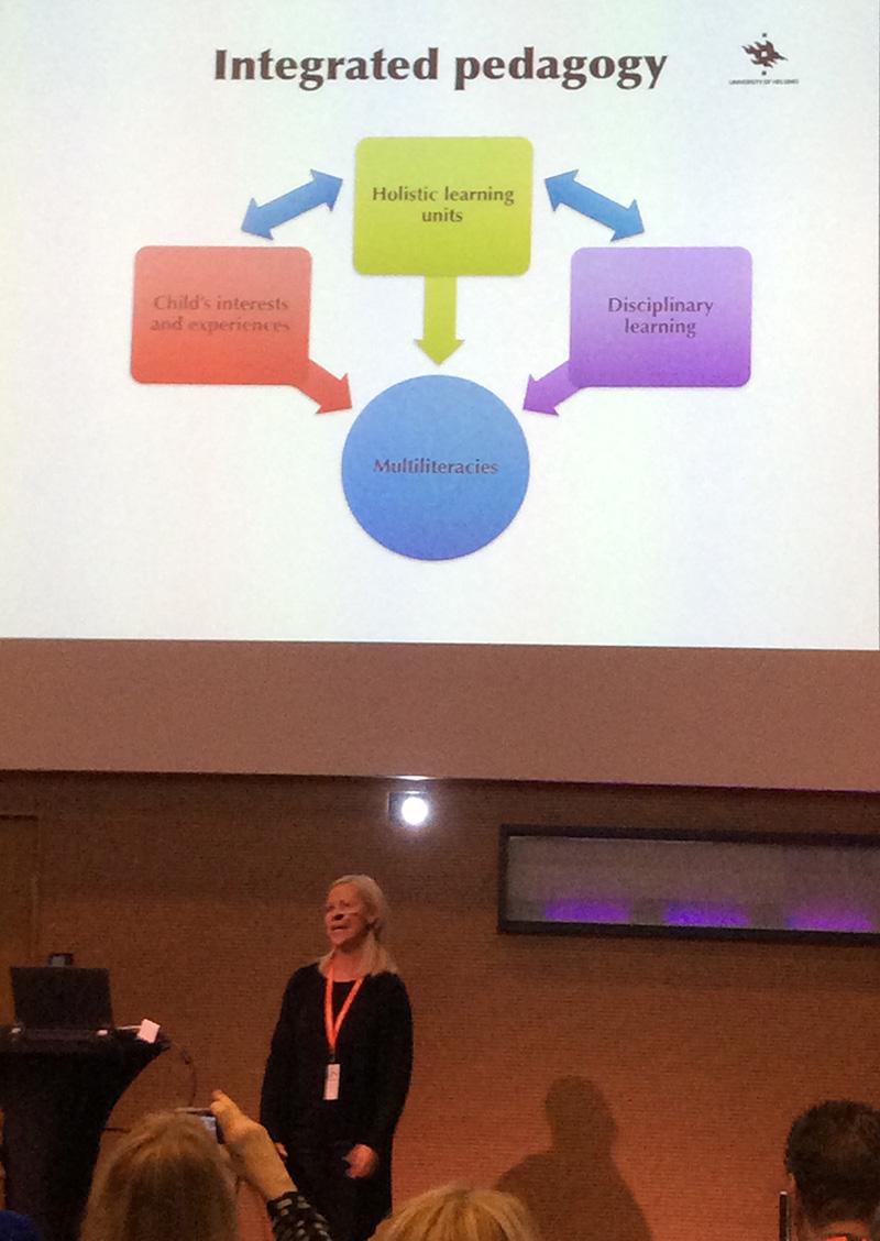 Kristiina Kumpulainen esittelee pedagogian integraatiota