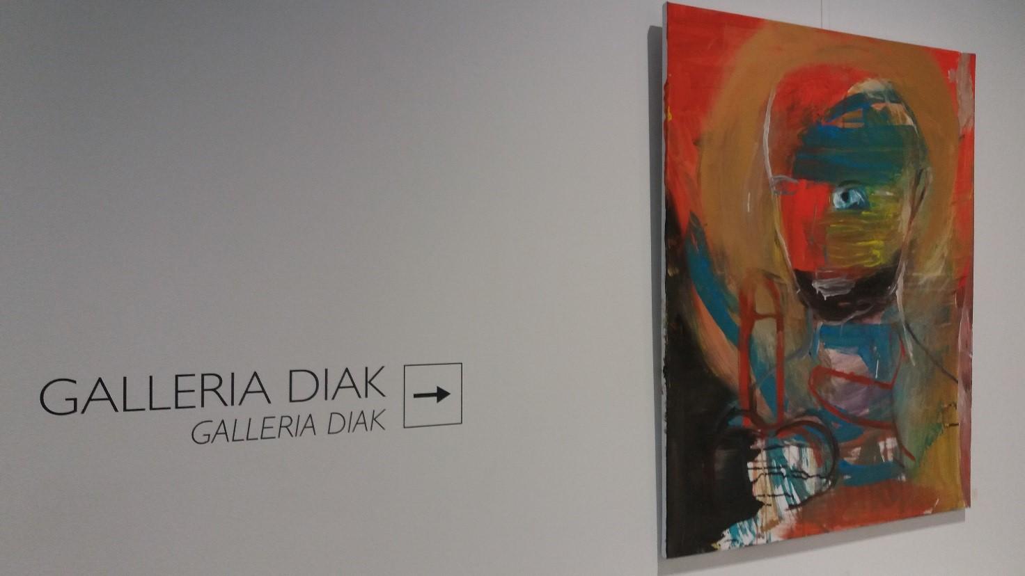 """Kuva 2: Mari Aulisen teos """"Maalauksia"""" Galleria Diakissa marraskuussa 2018."""