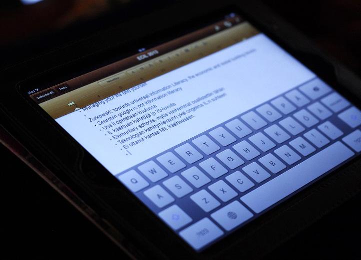 iPad: Lyijykynästä digitaaliseen musteeseen: muistiinpanovälineenä tabletti toimii